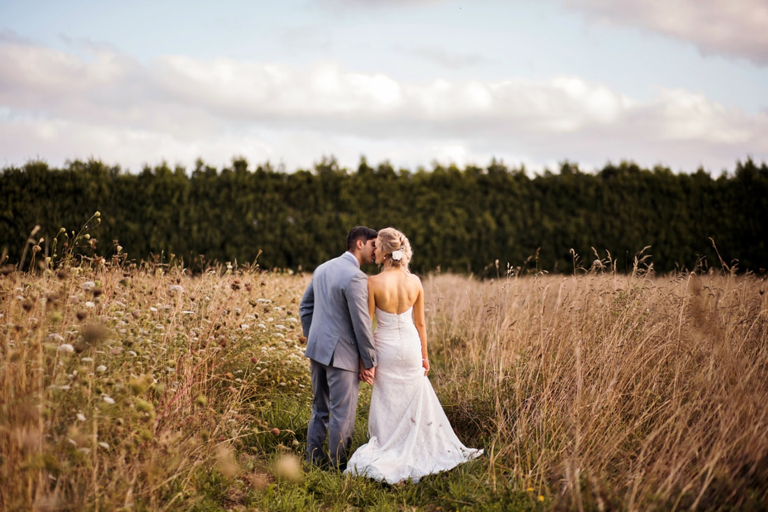Addy & Chris Markovina Auckland wedding Fantail photography